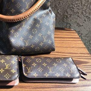 🚨Insolite Wallet Louis Vuitton